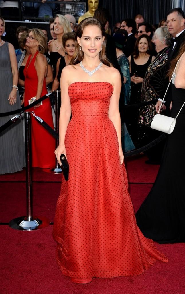 Natalie Portman en Dior Vintage à la cérémonie des Oscars 2012