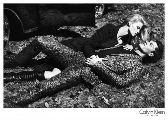 Lara Stone pour la campagne Calvin Klein automne 2012