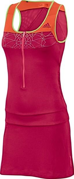 Une robe qui permet une grande liberté de mouvement, tout en restant fashion !