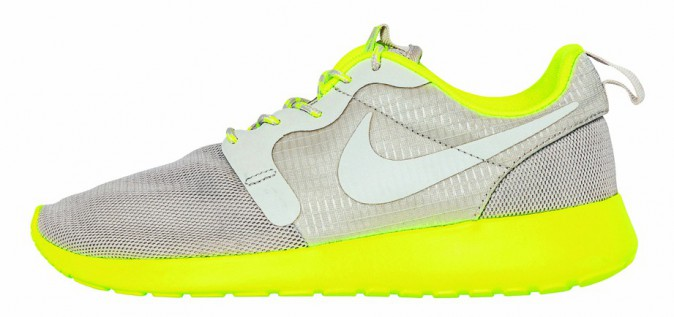 Runnings, Nike, chez Urban Outfitters 98 €