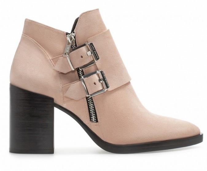 Bottines en cuir zippées, Zara, 99€