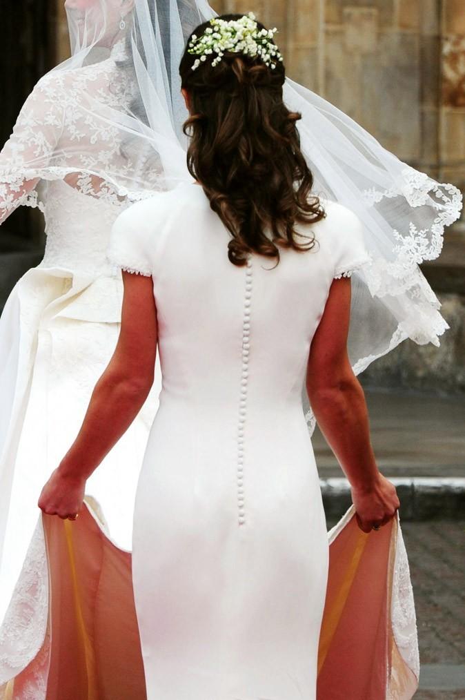 Le royal fessier du Pippa Middleton lors du mariage de sa soeur Kate !
