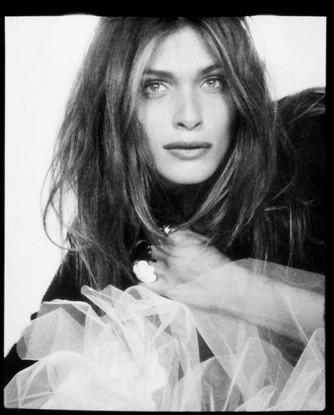 Photomaton de Karl Lagerfeld au dîner de l'amfAR : Elisa Sednaoui !