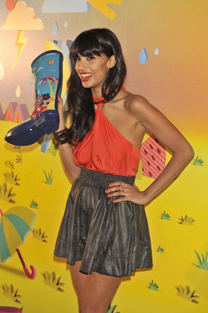 Mode : Les rain boots Havaianas ont séduit Jameela Jamil !