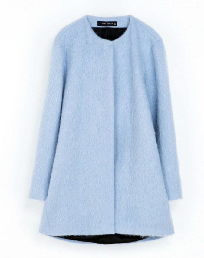 Prescription : le bleu layette avec le manteau, Zara, 139 €