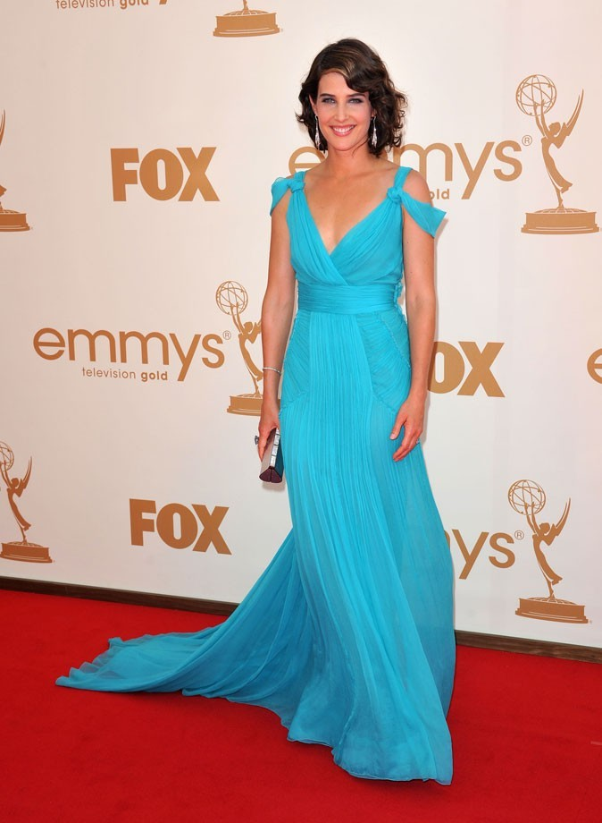 Colorama : la robe drapée et ceinturée turquoise de Colbie Smulders (How I Met Your Mother) !