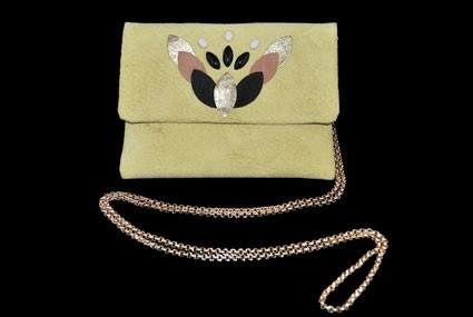 Mini sac en cuir, Clémence Cabanes. 120 €.