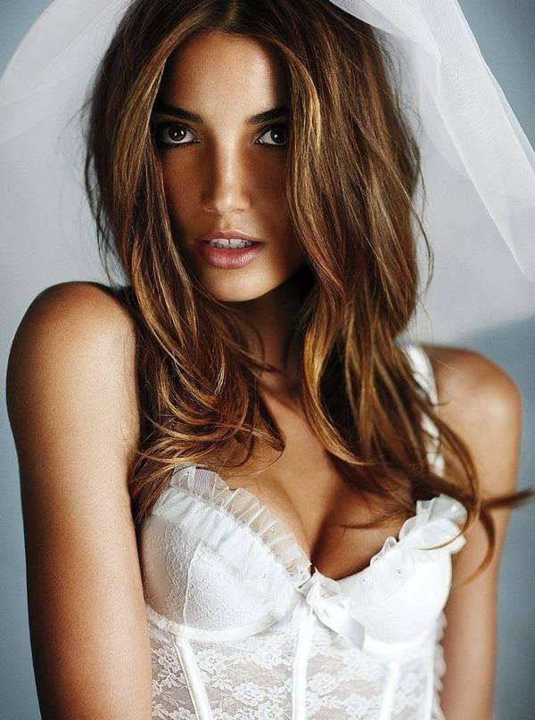 "Lily Aldridge en ""wedding angel"" !"