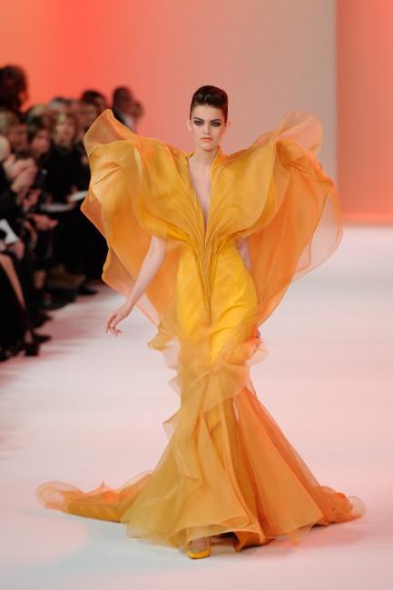 La robe signée Stéphane Rolland inspirée des papillons par sa forme !