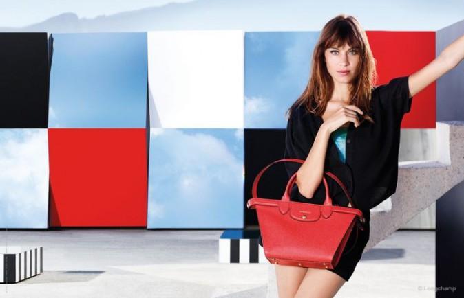 Mode : Photos : Alexa Chung dépose ses bagages à Marseille !