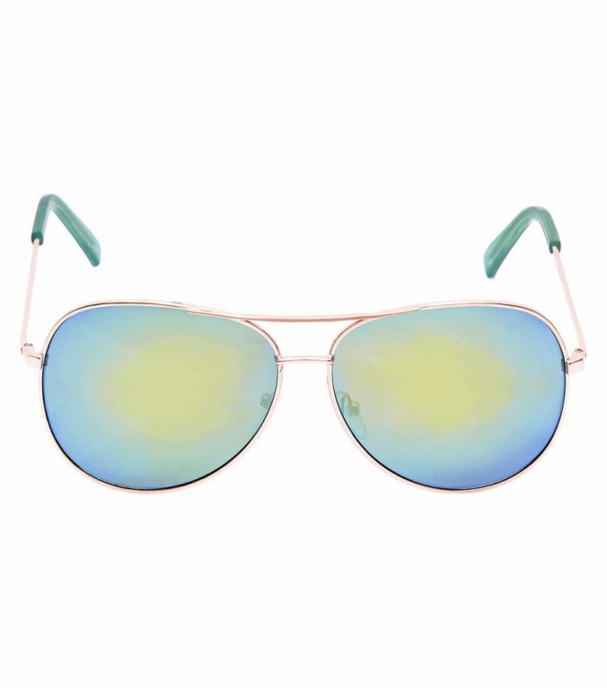 Ses must-have : Lunettes style aviator (New Look 7,99€ )