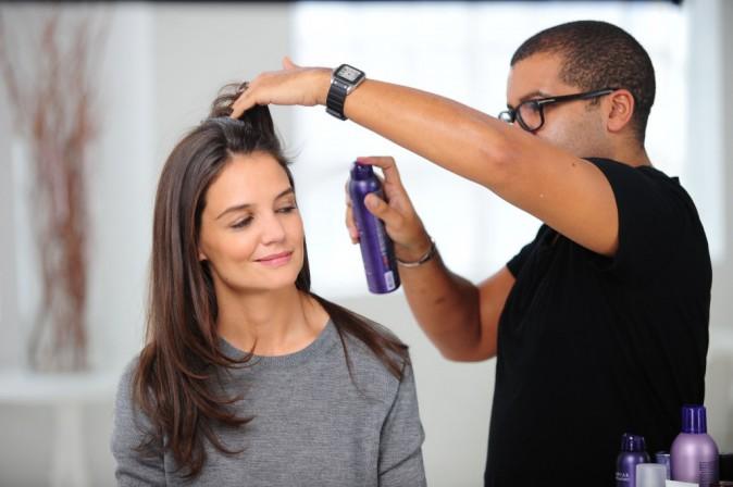 Mode : Photos : Katie Holmes sur le shooting de sa dernière campagne pour Alterna Haircare – Los Angeles