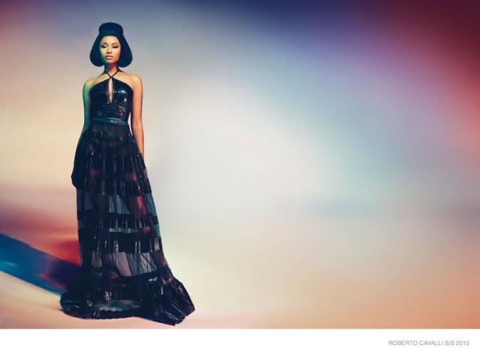 Mode : Photos : Nicki Minaj : égérie glamour et rétro pour Roberto Cavalli !