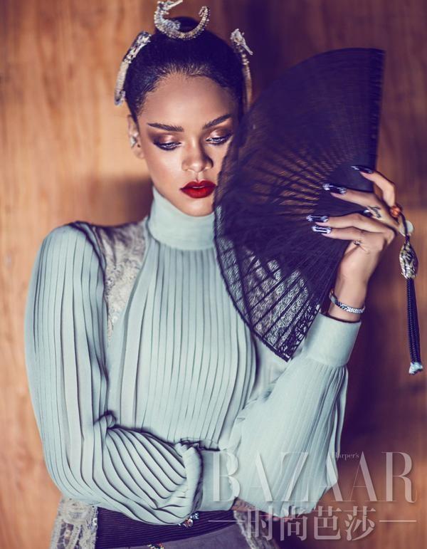 Mode : Photos : Rihanna : beauté asiatique pour le Harper's Bazaar China !