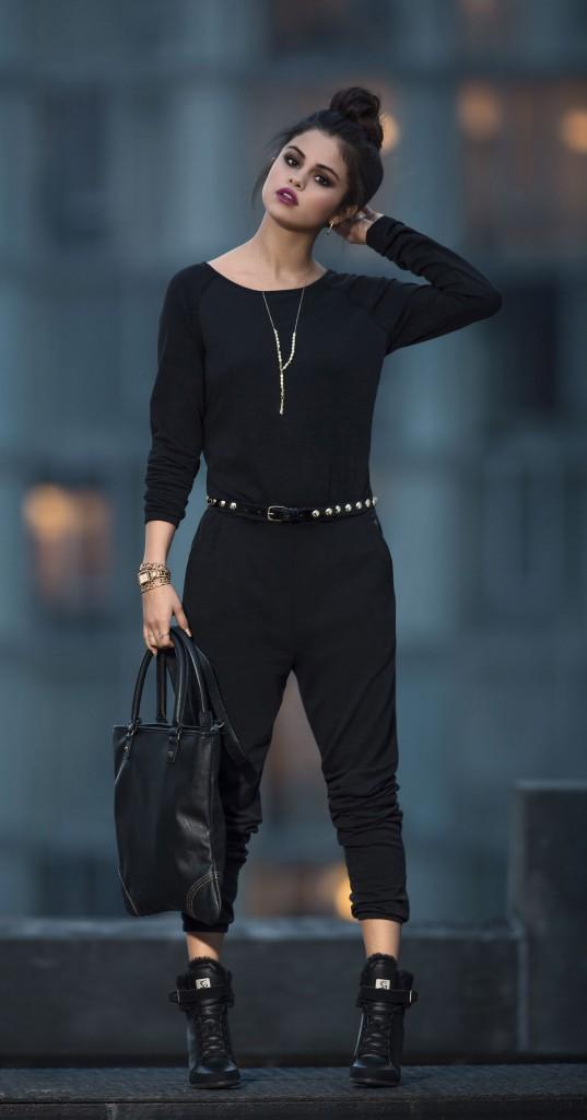 Mode : Photos : Selena Gomez : découvrez sa nouvelle campagne Adidas NEO !