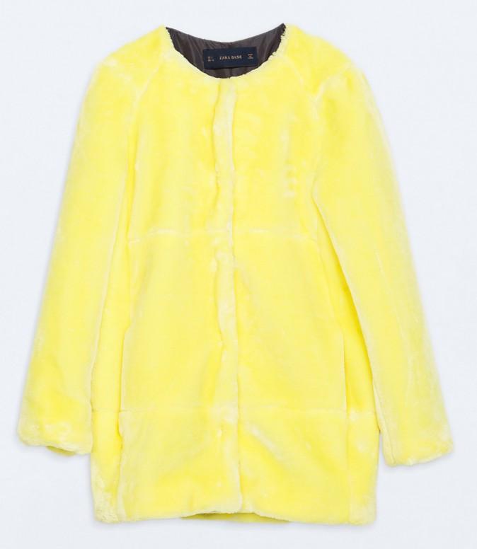 Court, imitation fourrure, Zara 80 €