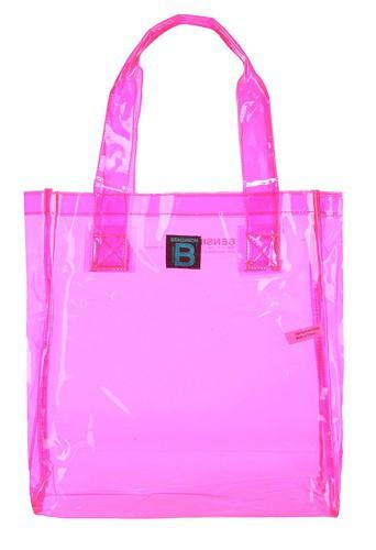 Cabas en plastique rose, Bensimon, 20 €.
