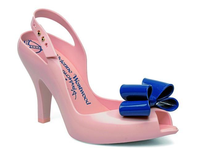Sandales Vivienne Westwood Anglomania + Lady Dragon Sp Ad, Melissa sur sarenza.com, 157 €.