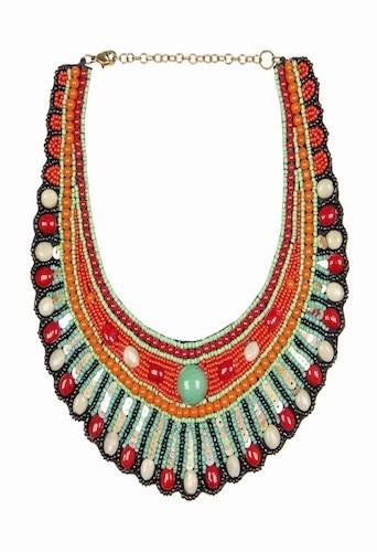 Collier brodé de perles et de sequins, Zara 34€