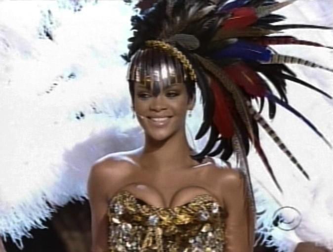 Rihanna, excentrique aux Fashion Rocks