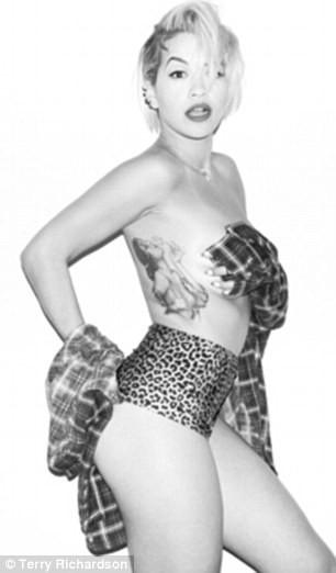 Mode : Rita Ora : une nouvelle star à nue pour Terry Richardson...