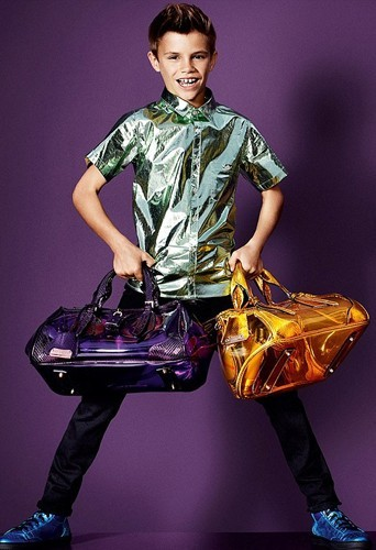 Roméo Beckham un fashion boy Burberry !