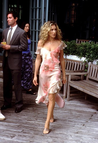Les plus beaux looks de Sarah Jessica Parker alias Carrie Bradshaw dans Sex and the City !