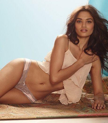 Shanina Shaik pour Victoria's Secret