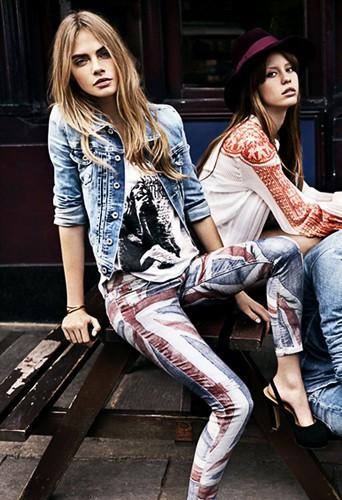 Les jeans arty à shopper !