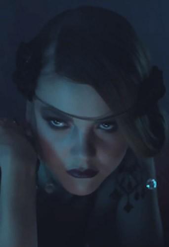 Mode : Solweig Rediger-Lizlow : geisha sexy et mystérieuse pour Maison Blackitten !