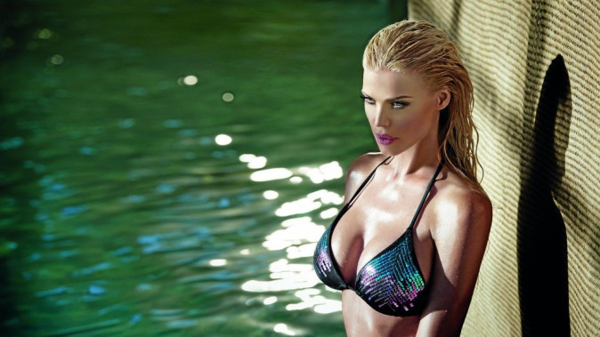 Very Victoria Silvstedt, la collection Swimwear de Victoria Silvstedt !