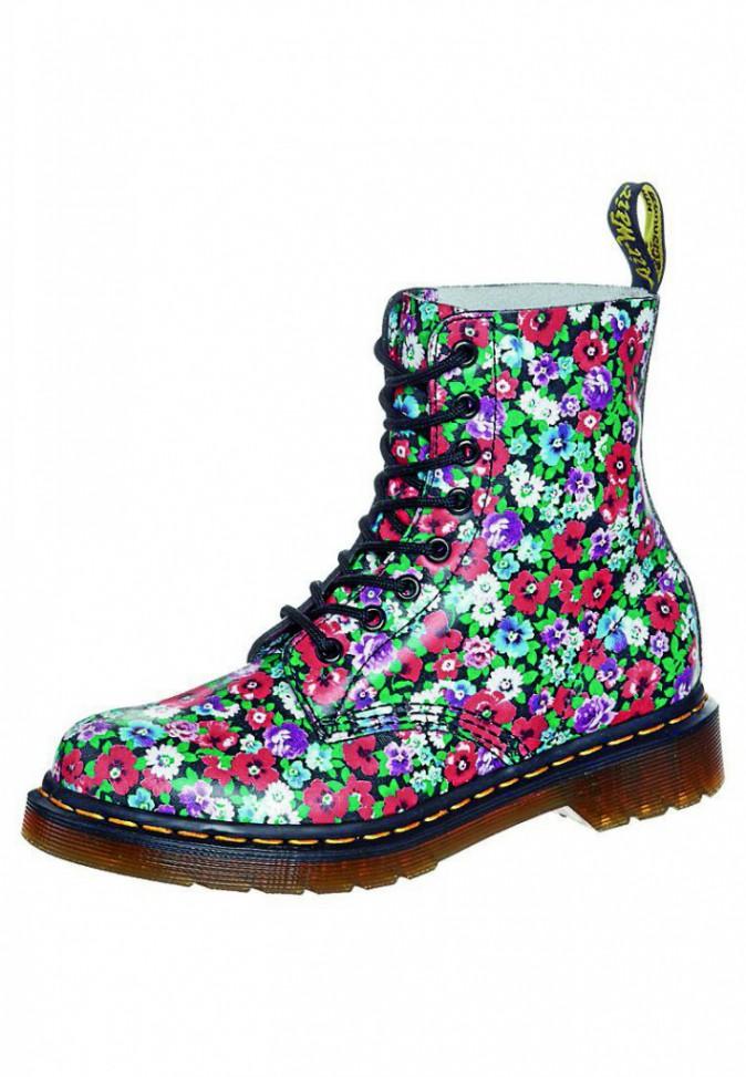 Boots à fleurs, Dr. Martens, 127,50€
