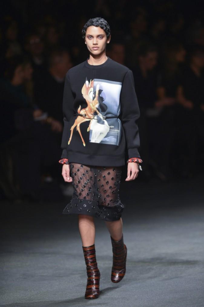 Le sweat Bambi au défilé Givenchy