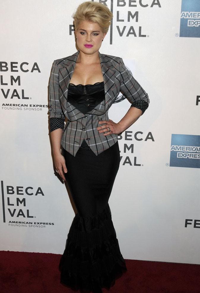 Le corset de Kelly Osbourne sur tapis rouge !