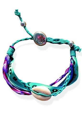 Bracelets Hipanema (exclusivité Public), en vente avec le magazine jusqu'au 11 juillet. 2,50 € (l'un)
