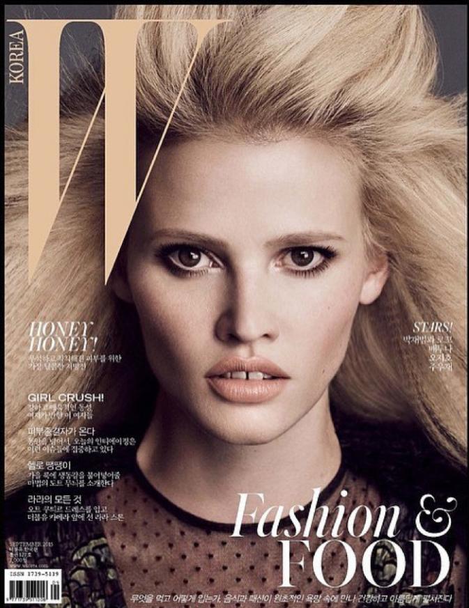 Lara Stone en couverture de WMag