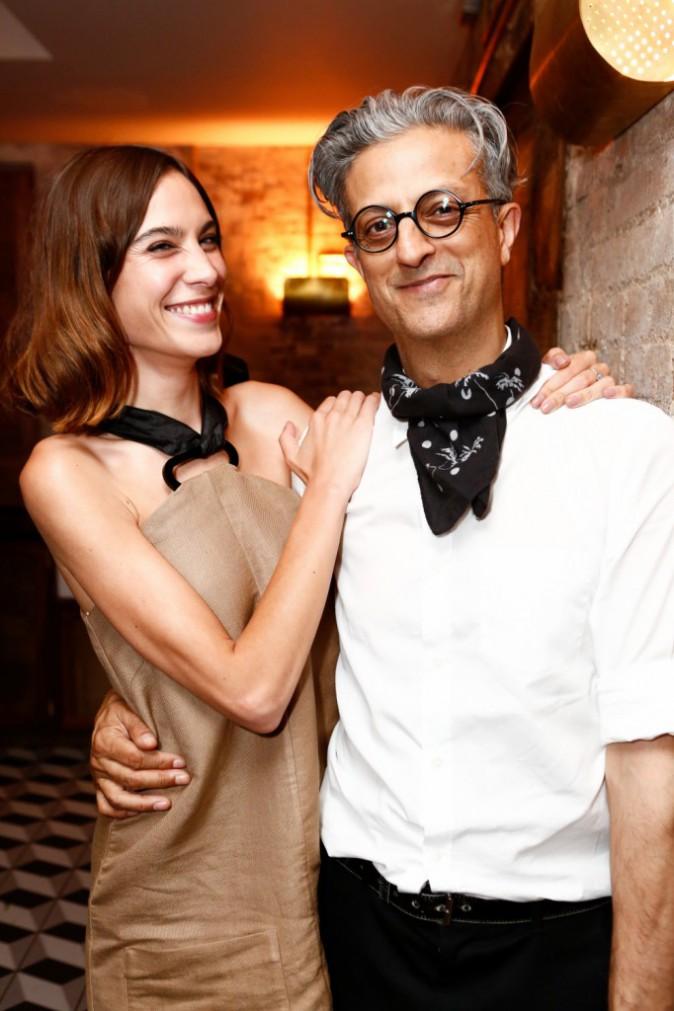 Alexa Chung et le photographe britannique Max Vadukul, invités au dîner privé Longchamp, le 23/06/2015 à New York City