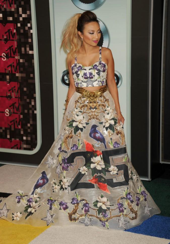 Jeannie Mai en Fiori Couture