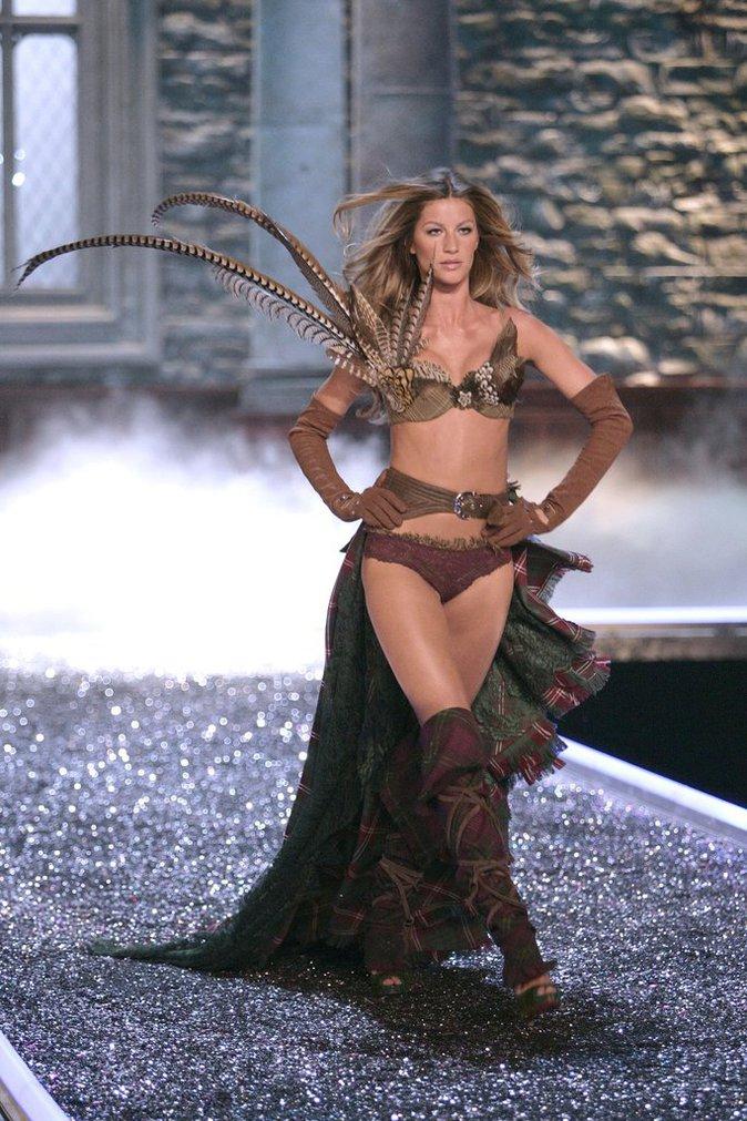 Photos : C'est officiel, les anges Victoria's Secret défileront à Paris !