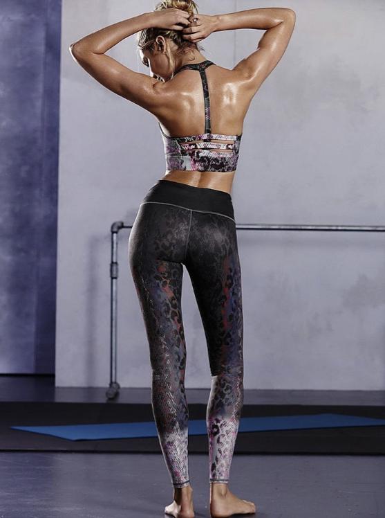 Candice Swanepoel pour la dernière collection sport de Victoria's Secret
