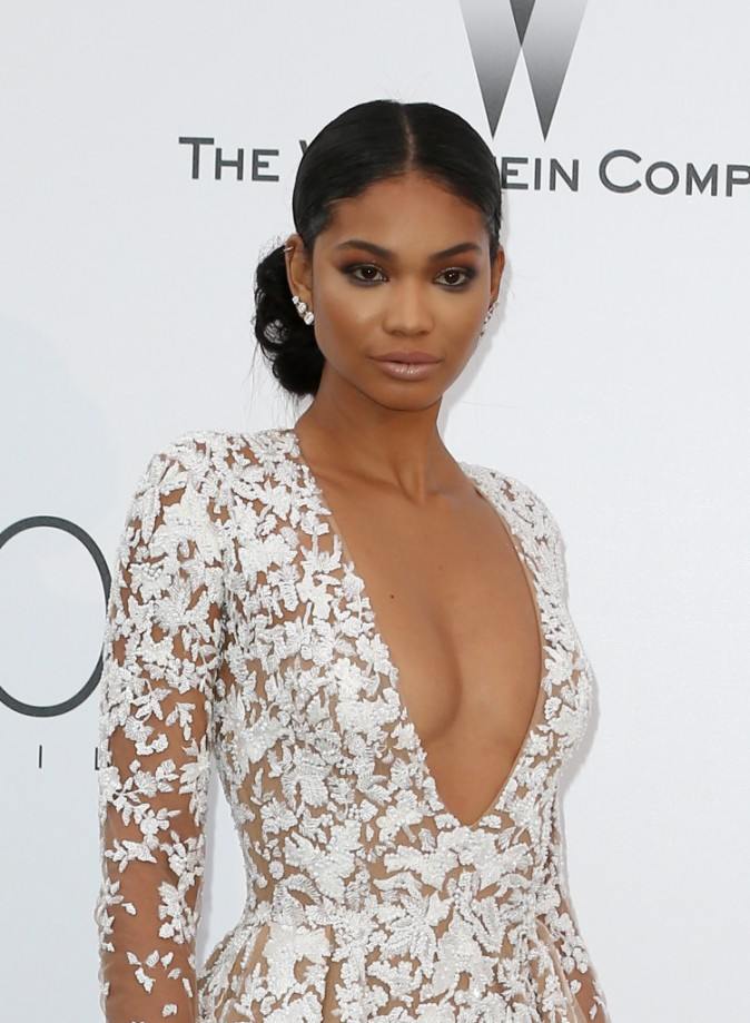 Chanel Iman opte pour le smoky eyes !