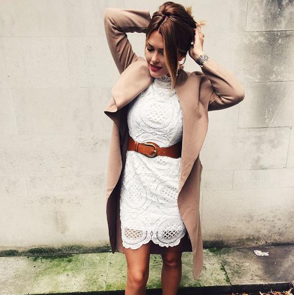 Photos : Caroline Receveur : découvrez son CV fashion : une fashionista chic et branchée !