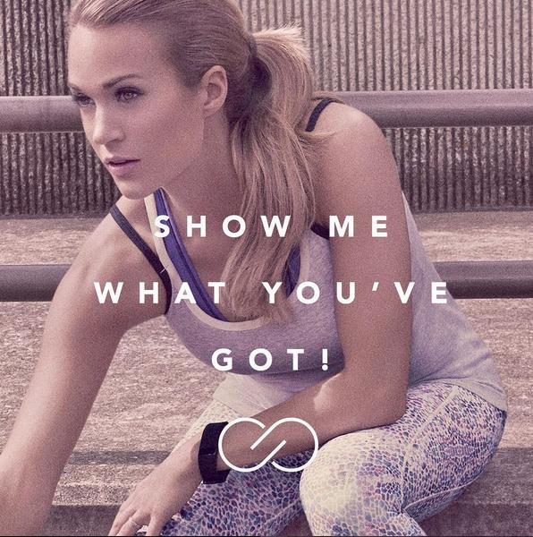 Photos : Carrie Underwood : pour sa nouvelle collection sportive, elle s'offre le must !