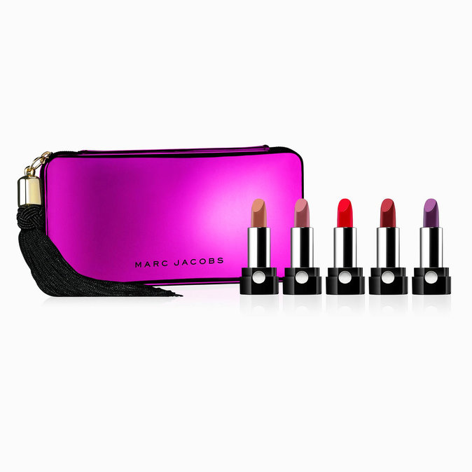 Collection de 5 mini rouges à lèvres, Marc Jacobs chez Sephora. 44 €