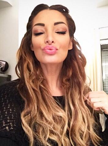 Photos : Emilie Nef Naf : découvrez ses 10 plus beaux make-up !