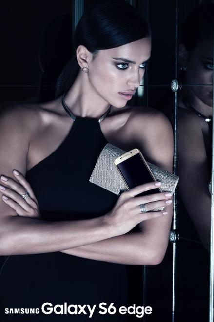 Irina Shayk pour la promotion du Samsung Galaxy 6 Edge