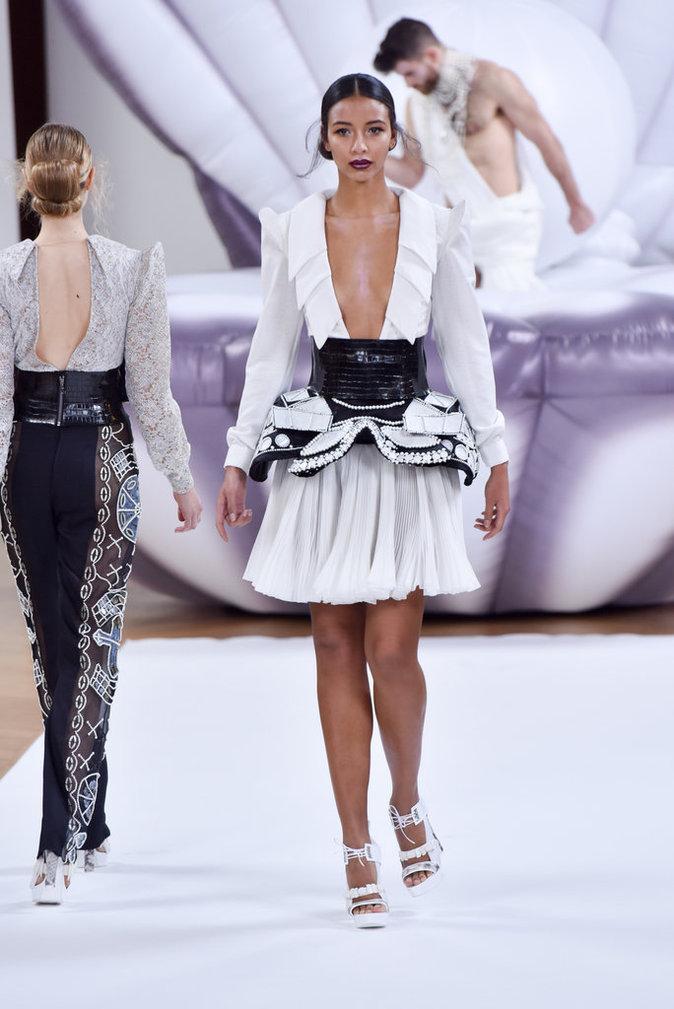 Photos fashion week haute couture flora coquerel miss for Maison de la mode paris