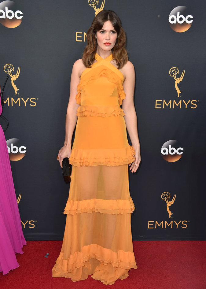 Mandy Moore (This Is Us) en Prabal Gurung