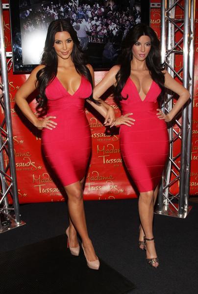 Kim Kardashian en Hervé Leger