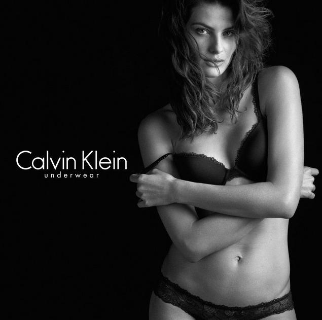 Isabeli Fontana pour Calvin Klein